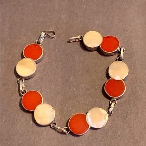 Red & White Mother of Pearl Circle Bracelet 7""